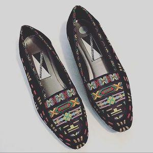 Vintage Aztec  mootsies tootsies loafers